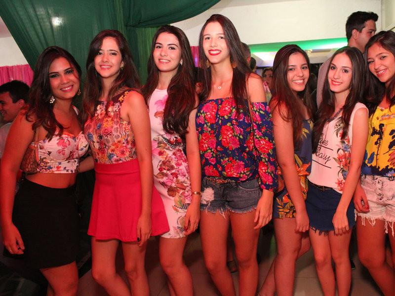 Baile do Hawaii (1)