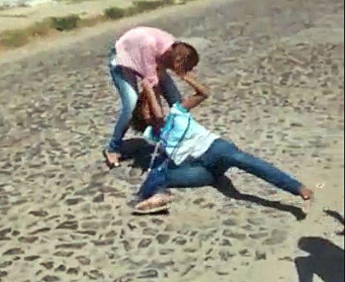 Briga na Escola Epaminondas. (Imagem: Reprodução)