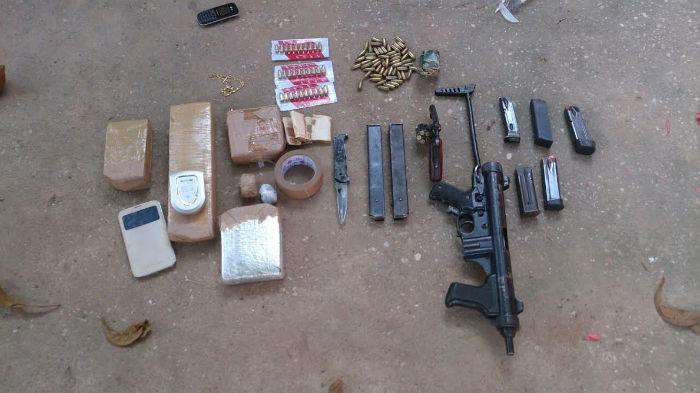 7e491f50-c85f-4ffe-aea8-d61ed6f463ac Polícia Militar prende quadrilha com drogas e metralhadora na zona norte de Teresina