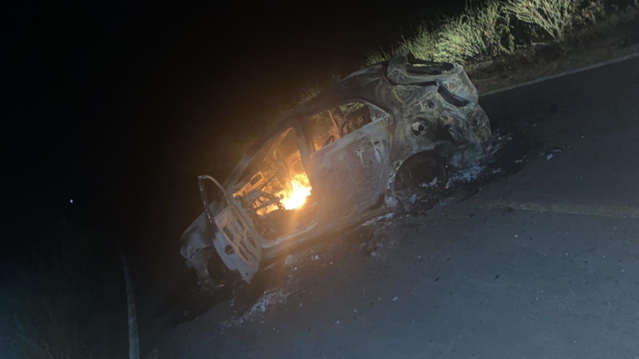 Bandidos armados explodem terminal do Bradesco e queima veículo na PI-455 6